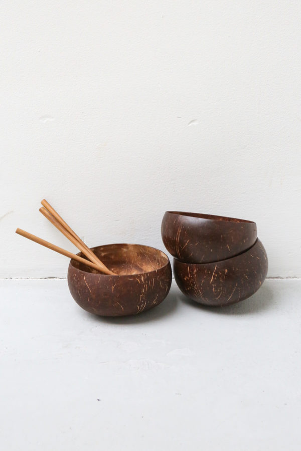 coconut bowl kelapa, kokosnootschaaltjes, lepel