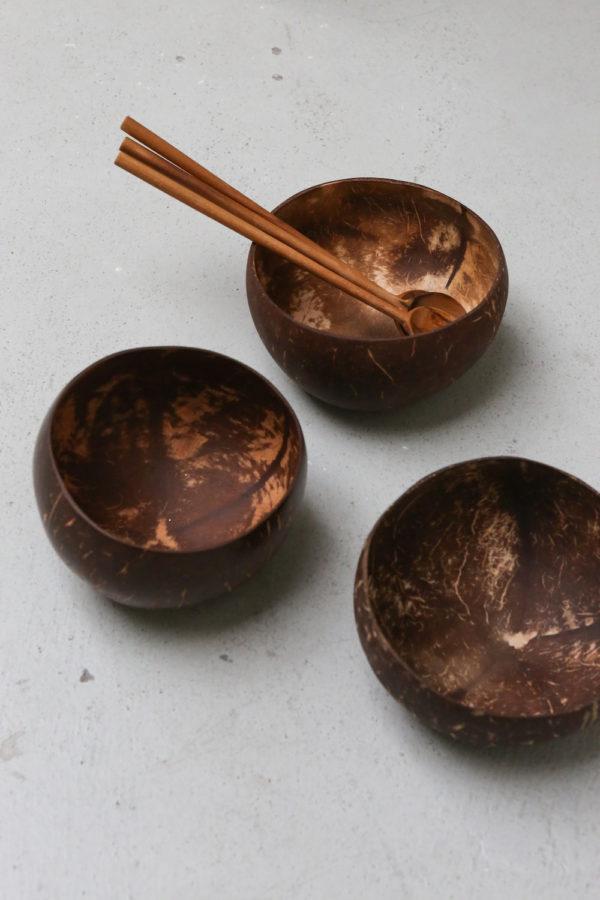 coconut bowl kelapa, kokosnootschaaltjes
